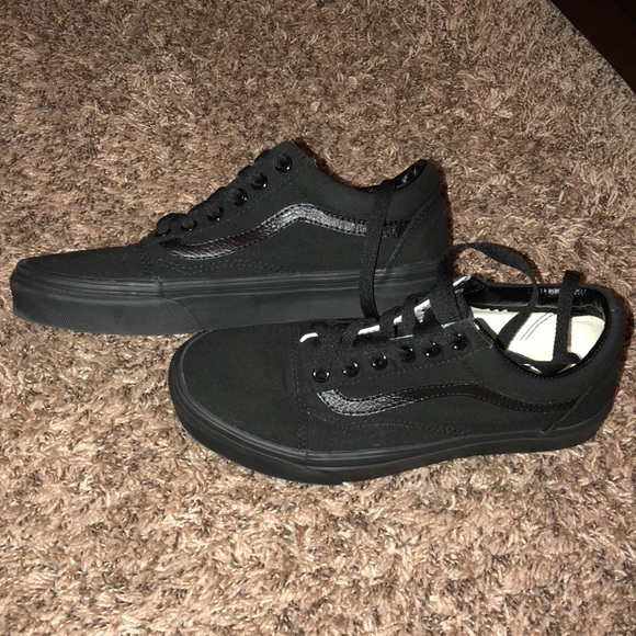 Vans Shoes   Old Skool Vans All Black